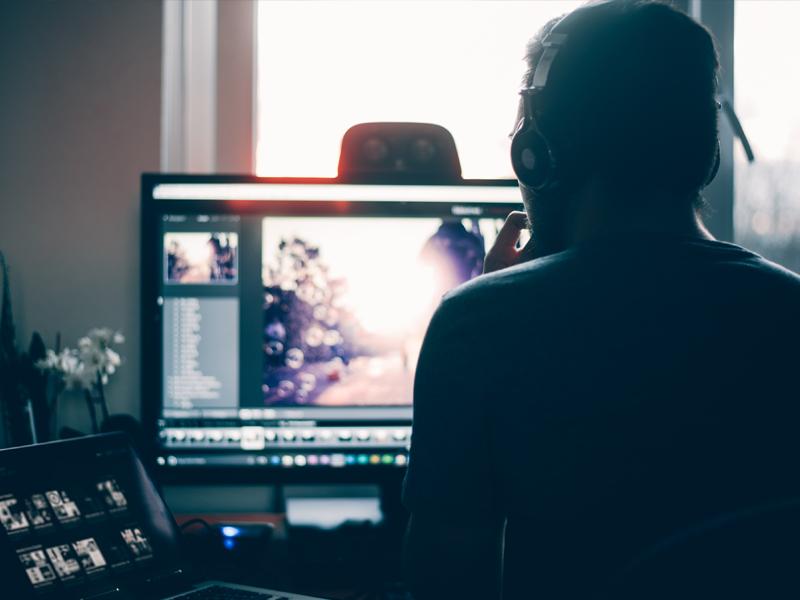 Neuromarketing: usos como el eye tracking para entender qué ven y priorizan los usuarios cuando navegan en un sitio web.
